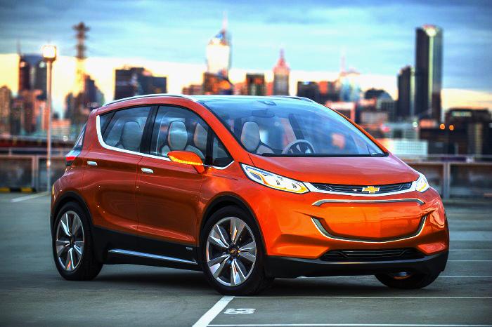 Електромобіль Chevrolet Bolt стане першою прем'єрою у 2016 році