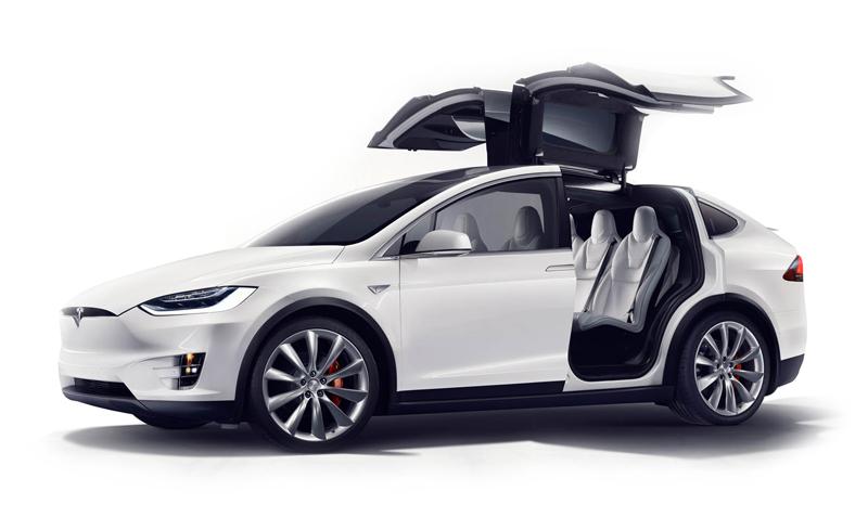 Оголошена ціна на кросовер Tesla Model X 70 D