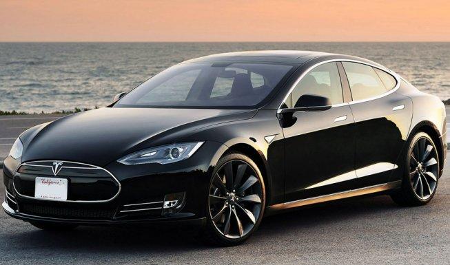 Автопілот від Tesla: цікаве відео