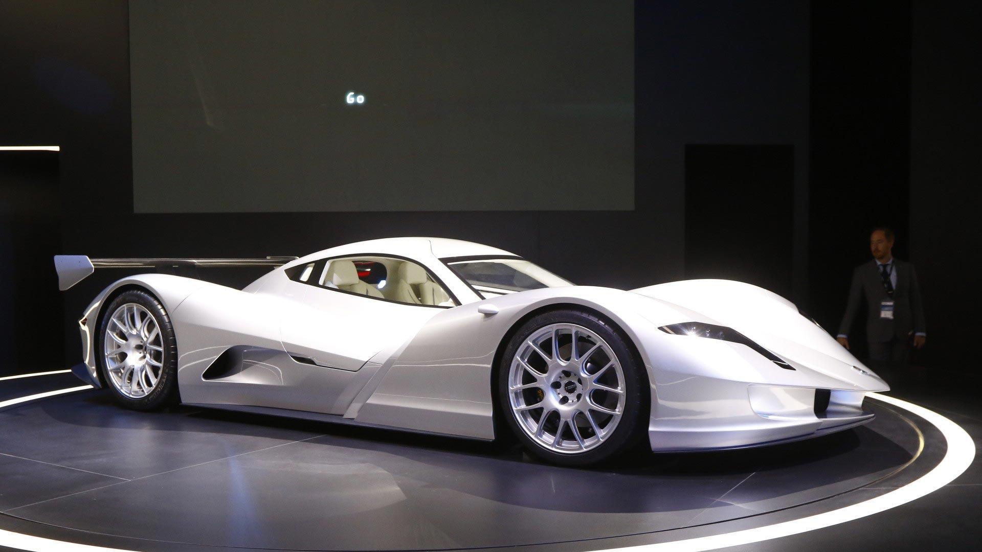 Японці привезли у Франкфурт найшвидший в світі електромобіль