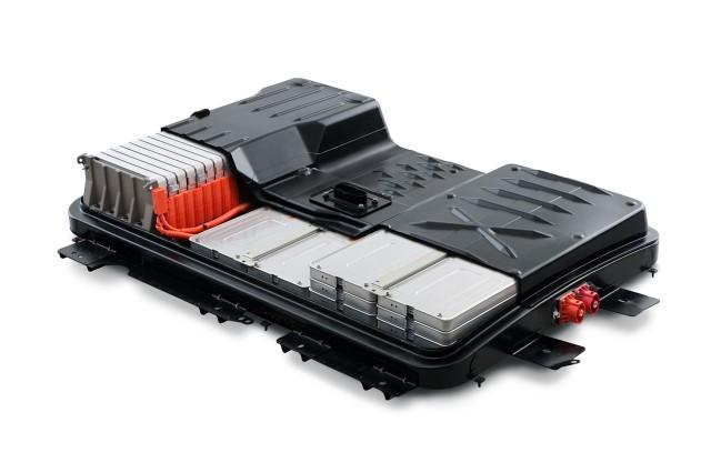 Nissan продасть електромобільний акумулятор AESC за 1 млрд