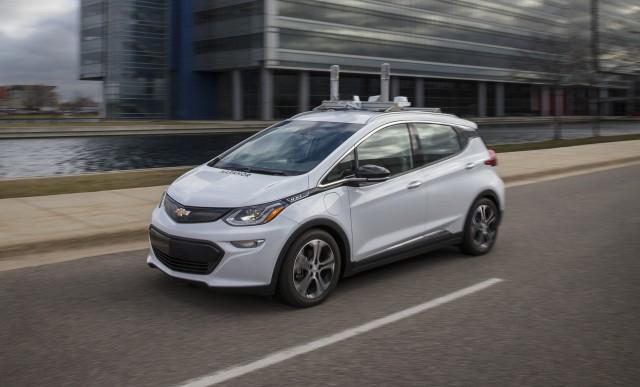 Електромобіль Chevrolet Bolt EV стане першим автономним автомобілем GM