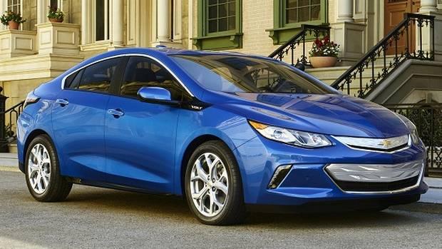 Звіт про продажі електромобілів у Канаді