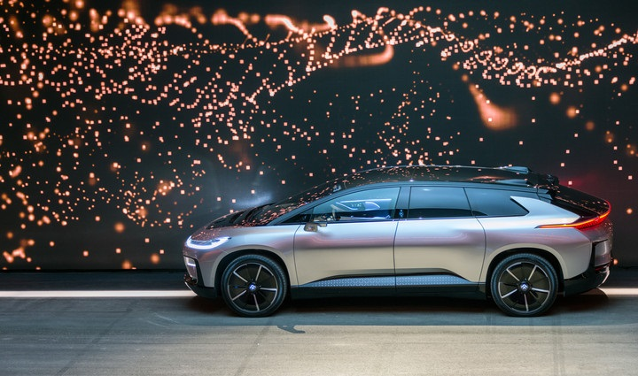 Faraday Future представив електромобіль FF 91 на виставці CES в Лас-Вегасі