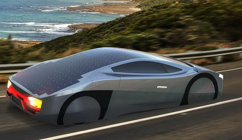 Електричний спорткар обладнали сонячними батареями