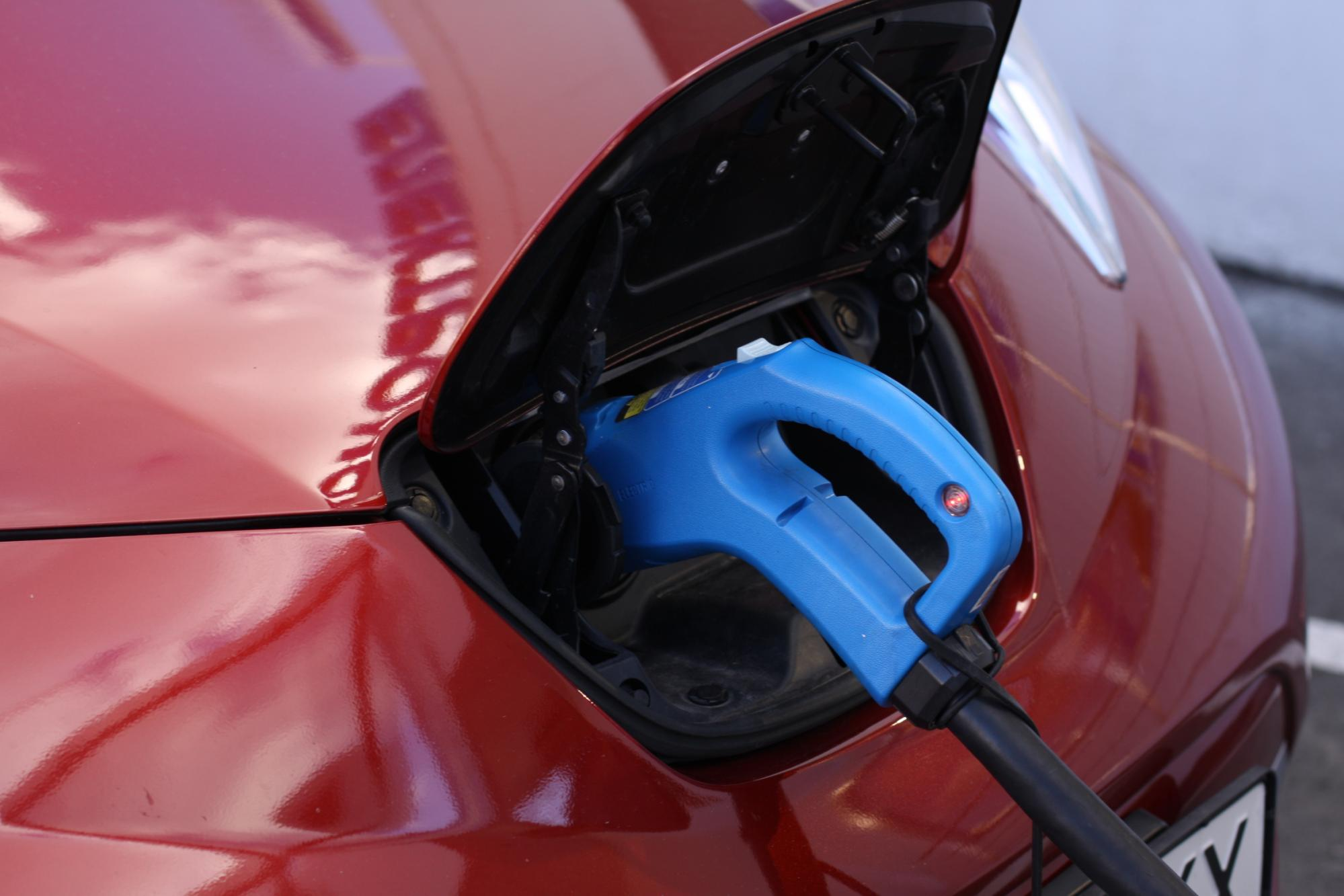 Швеція хоче підтримати заборону автомобілів на бензині до 2030 року