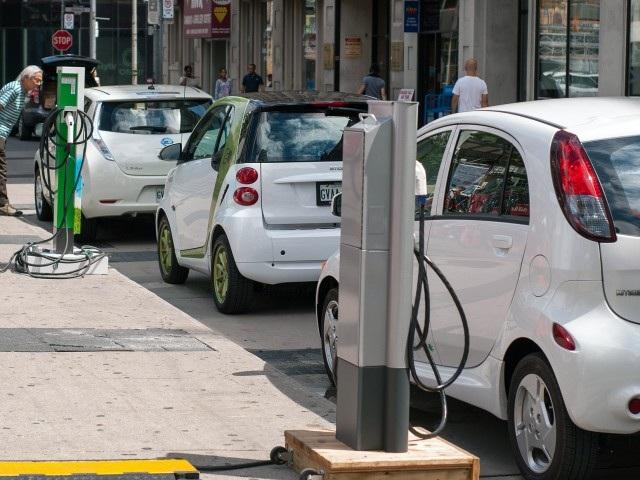 Електромобілі виявилися найкращими для навколишнього середовища