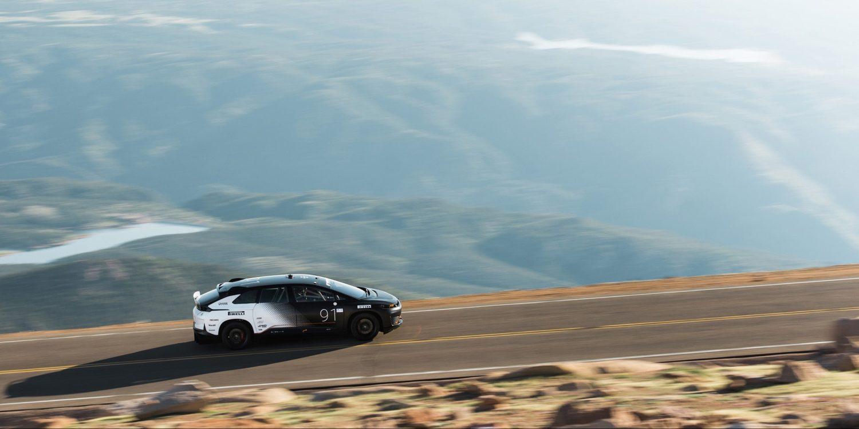 Faraday Future побили рекорд Tesla на Pike's Peak