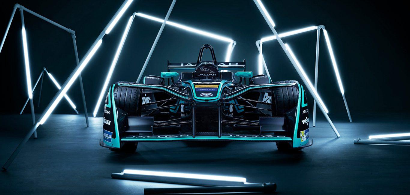 Jaguar представили новий електромобіль для участі в перегонах Formula-E