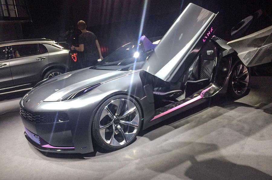 Новий електричний концепт-автомобіль Lynk & Co