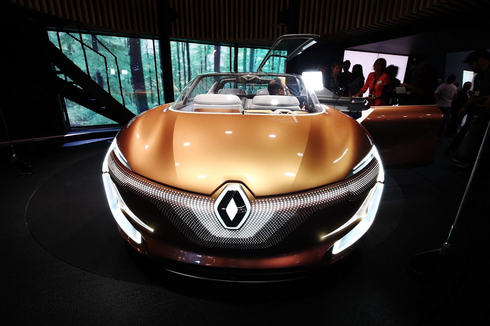 Renault Symbioz - електромобіль майбутнього представлений у Франкфурті