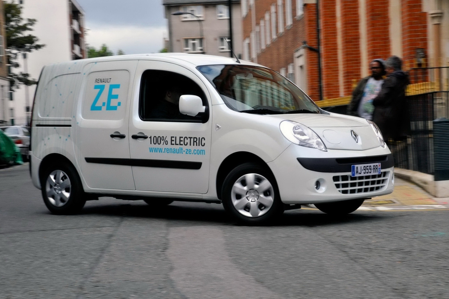 renault_zoe_electric.jpg (325.36 Kb)