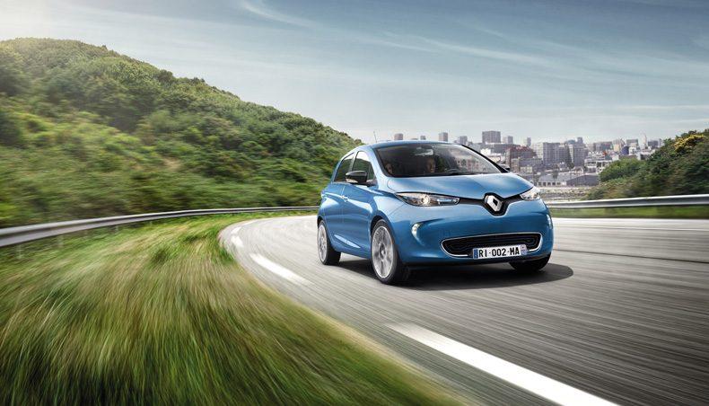 У 2017 році Renault продаватиме електромобілі в Україні і створить мережу електрозаправок?