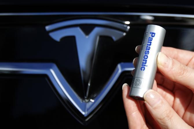 Panasonic інвестує в будівництво заводу Tesla Gigafactory 1,6 мільярда доларів