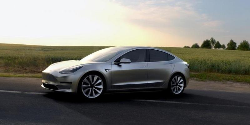 Почалось виробництво Tesla Model 3