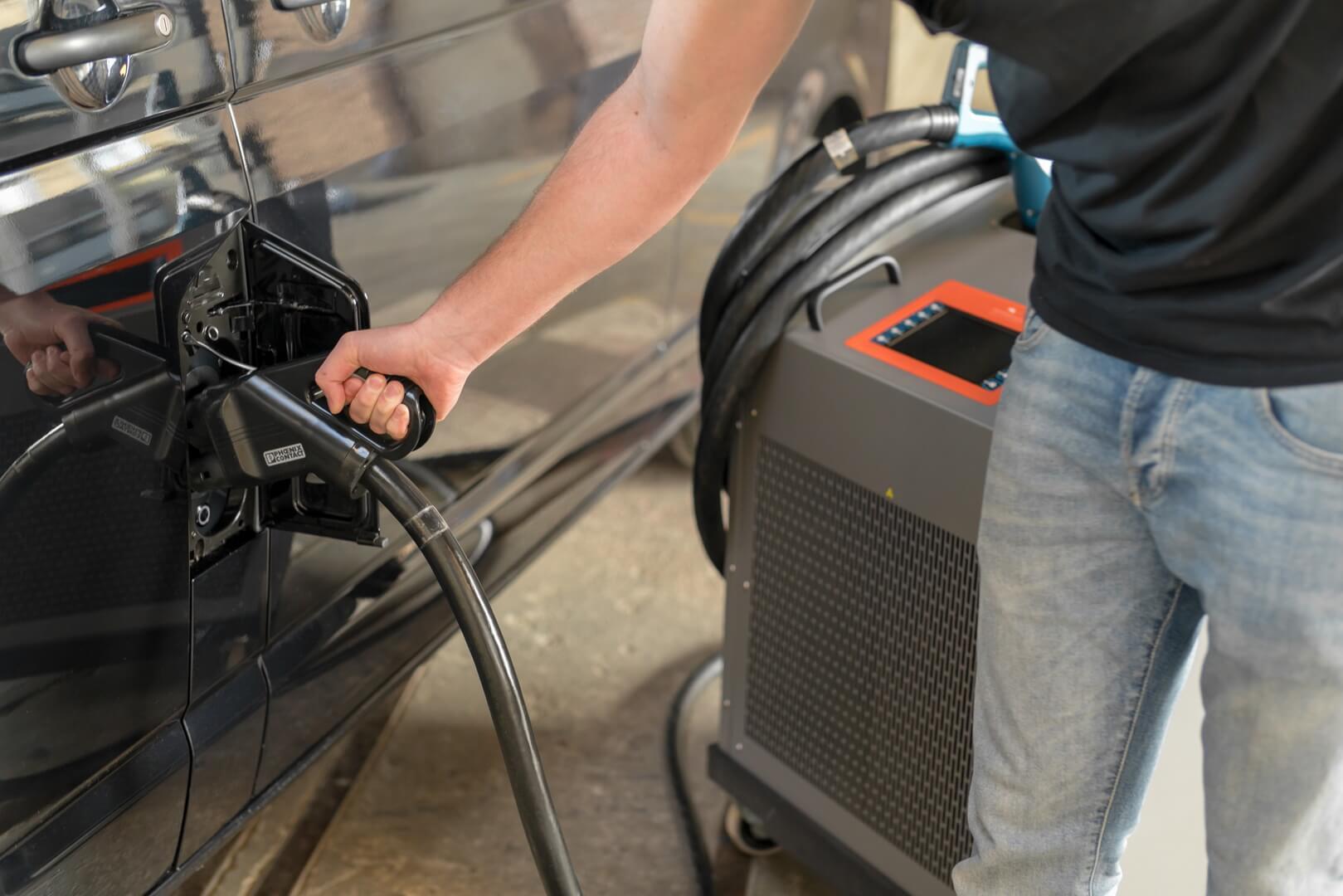 Мобільна станція від Winterthur скоротить час зарядки електромобілів