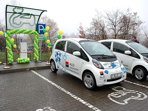 WOG у 2017 році встановить в Україні 300 зарядних станцій для електромобілів